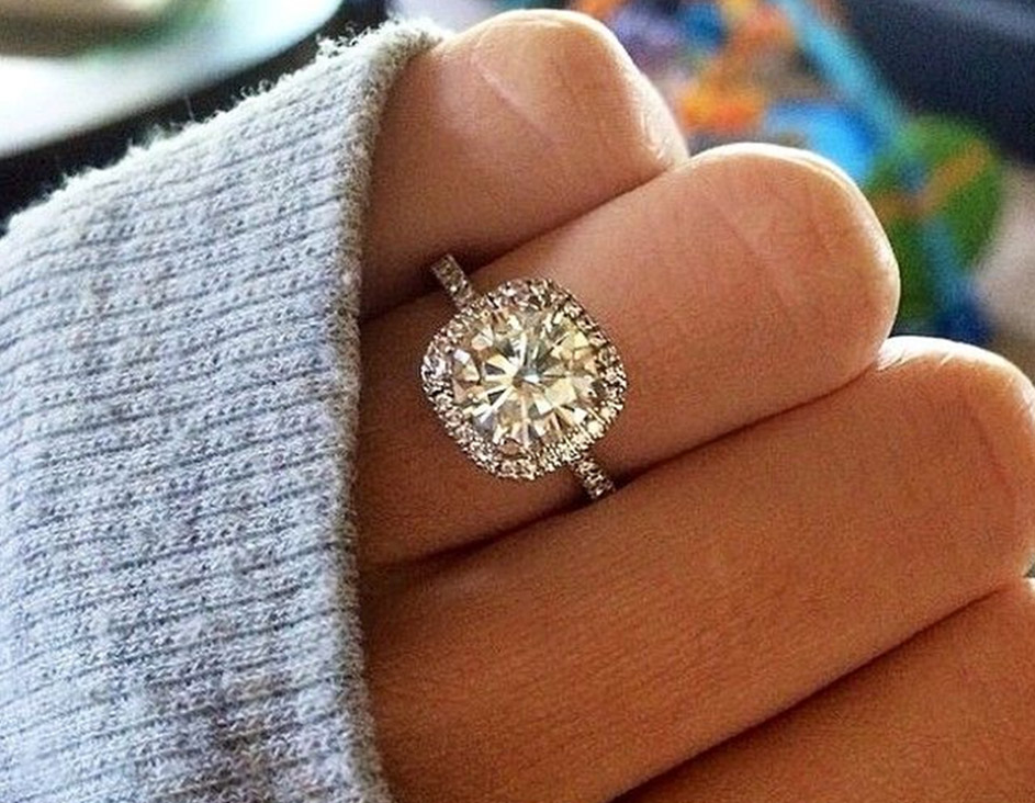 bridal jewelry and engagement rings